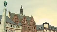 frankfurtsquare_castlesirenhouse_cameraandcarryon-jpg