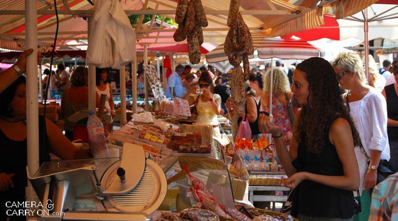 foodsample_hungrygirlmarket_cameraandcarryon