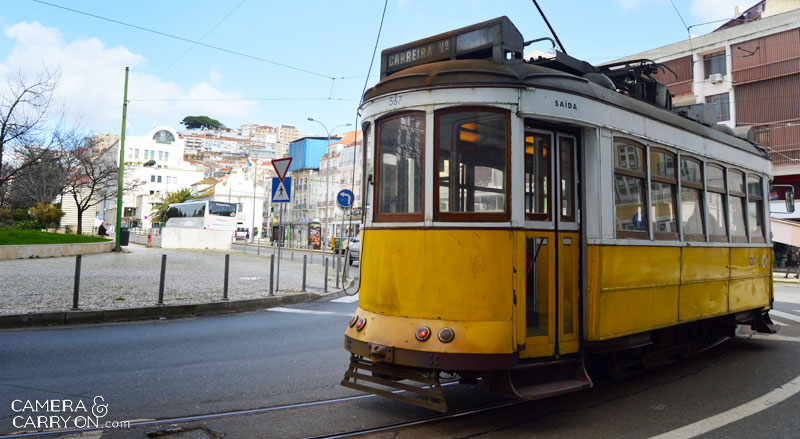 tram28_10reasonslisbon_cameraandcarryon