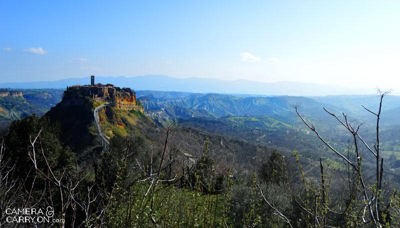 landscape_civitadibagnoregio_cameraandcarryon