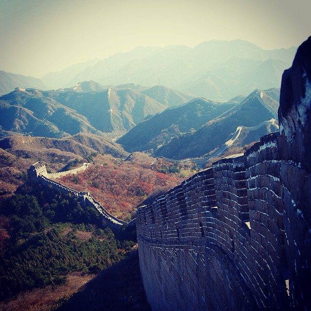 Where do you like to wander? #wanderlustwednesday #travel #greatwall
