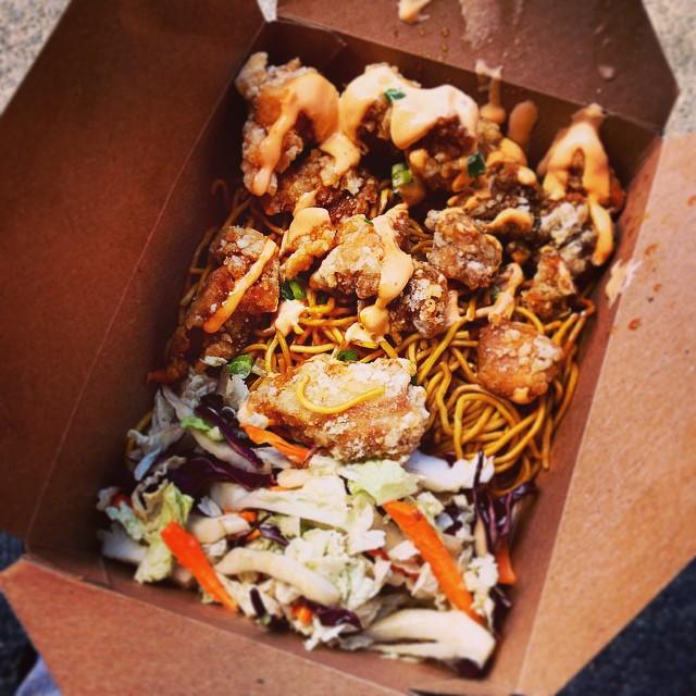 Japanese fried chicken = Good eatin'. #foodtruck #moyzilla #sowamarket #nomnom