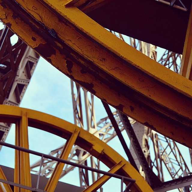 The inner workings of La Tour Eiffel. #sunshinyyellow #gears #paris #travelgram
