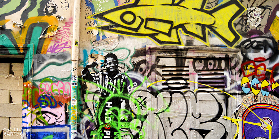 graffiti2_streetartparis_cameraandcarryon
