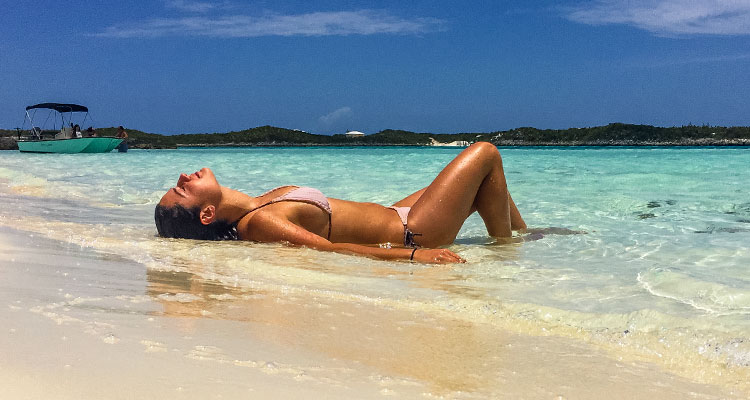 courtney-exuma_tanning